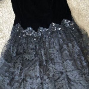 CACHET Vintage 80s Velvet Lace Sequin Poofy Dress